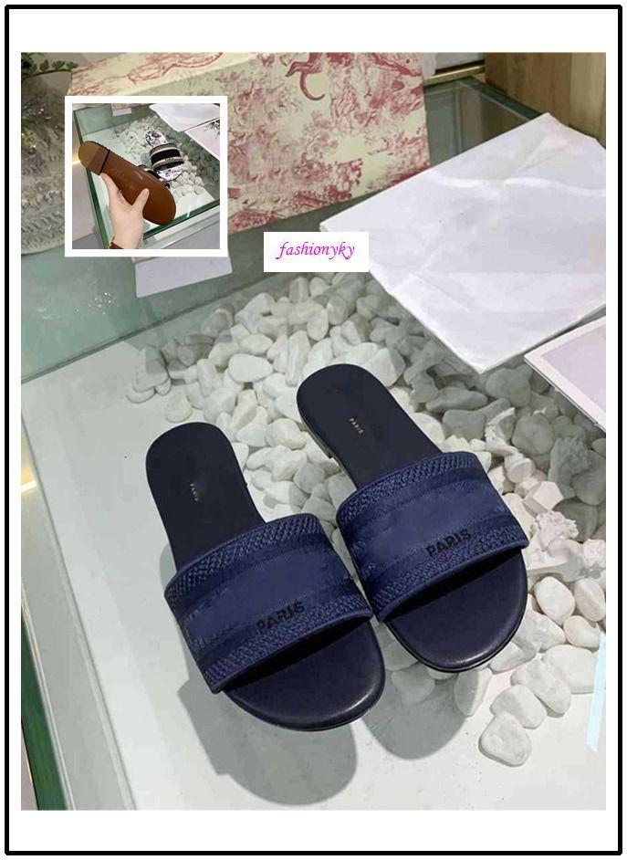 Adatti a nuovo Dazzle Fiori pantofole spiaggia donna estate Alphabet Pantofole Designer scarpe da donna di ricamo