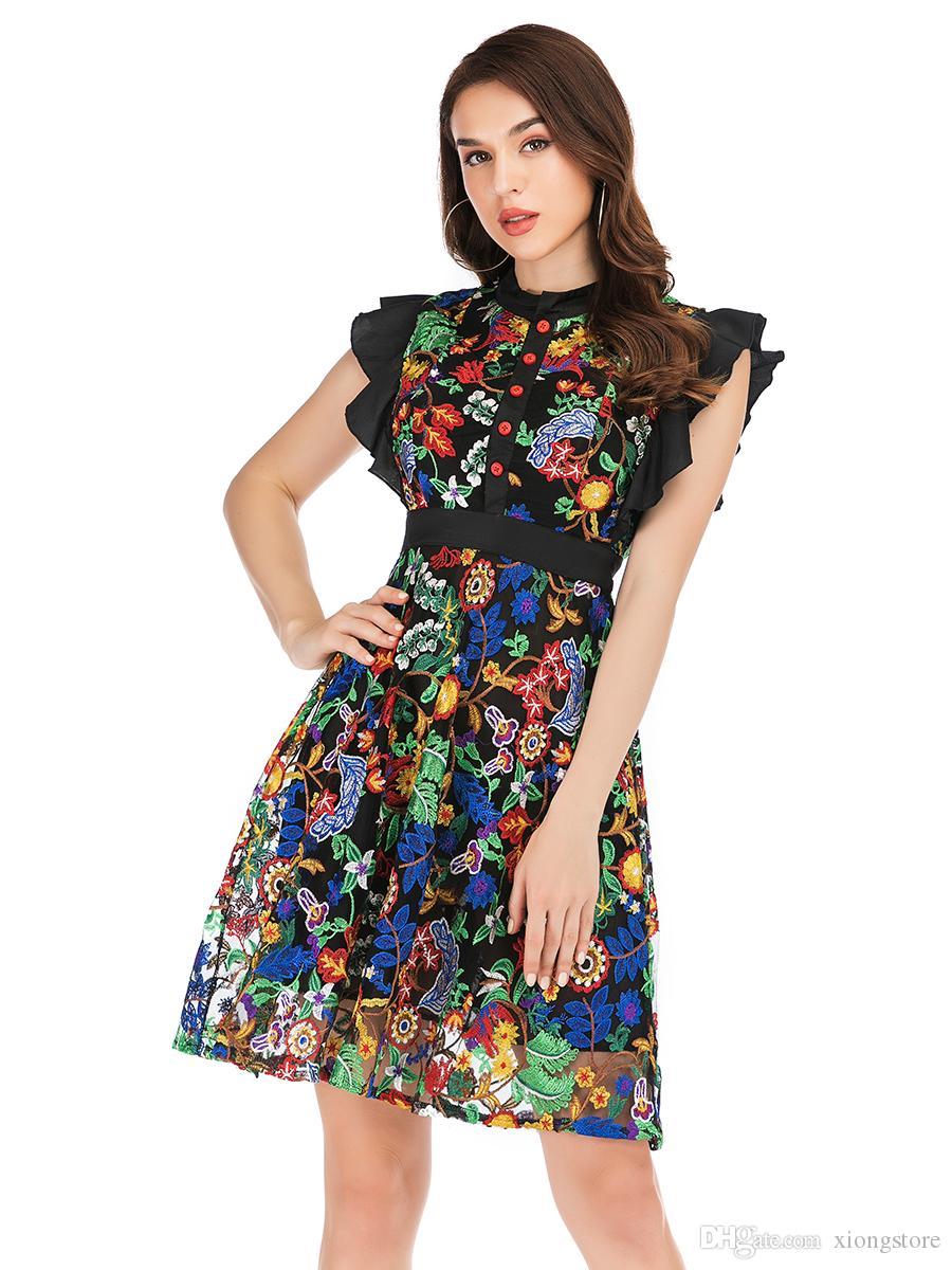 Nueva Negro más nueva manera de pista 2020 de verano de alta calidad de las mujeres Dreses malla floral bordado vestido de fiesta corto colorido