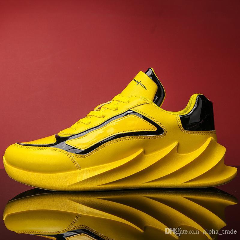 2020 chaussures hommes de chaussures d'homme de luxe de la mode nouvelle mode polyvalent chaussures de sport respirant hommes légers non collectrices