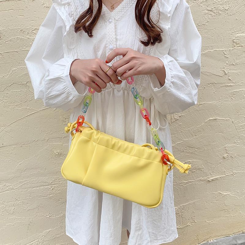 Colori Sling Bag Chain acrilico per le donne Borsello in cuoio dell'unità di elaborazione dei sacchetti di spalla femminili piccola estate femminile Borse bolsa bianchi