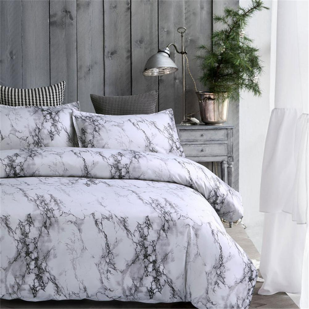 A due letti queen re Grey bedroom Consolatore letto di lenzuola Piumone Lenzuola copripiumino copriletto