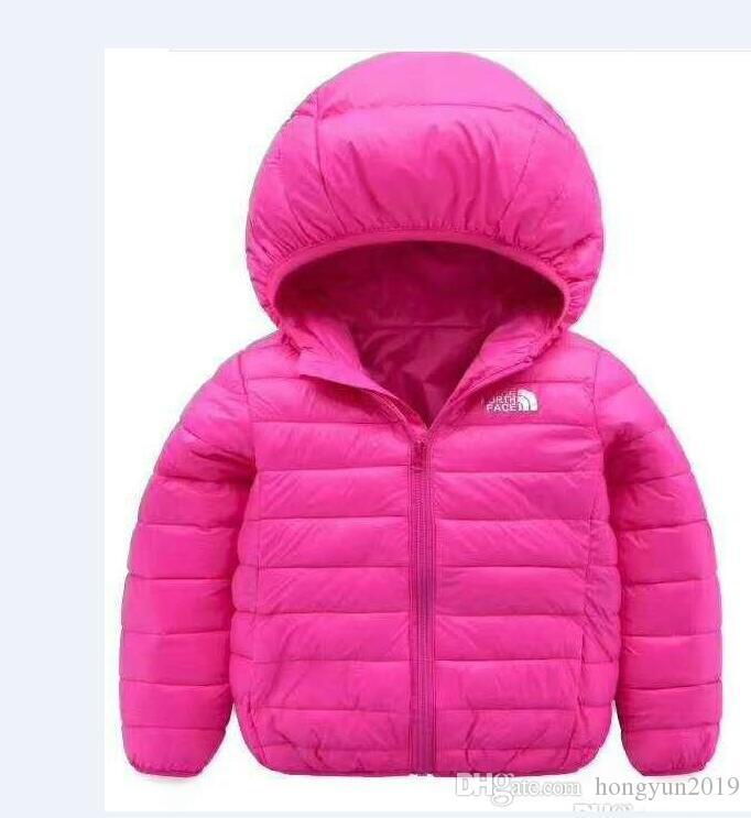 Sıcak kuzey Cocuk Giyim Boy ve Kız Kış Sıcak Kapşonlu Coat Çocuk Pamuk-Yastıklı Unisex Aşağı Ceket Kid Ceketler 4-12 yaşında 01