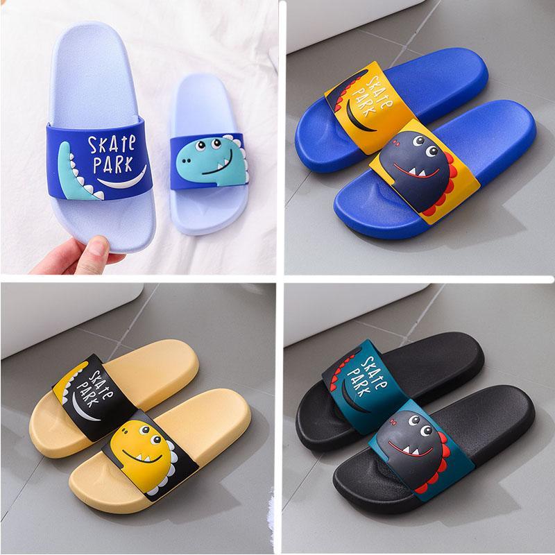 أفضل الرئيسية الأطفال الصيف النعال البلاستيكية للأطفال مكافحة زلة الكرتون جرين بيتش أصفر الوجه يتخبط النساء الرجال أسود أزرق مصمم الأزياء والأحذية الجديدة