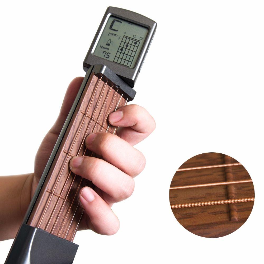 Pocket Guitar Chord Trainer Strumento per principianti / Portatile con schermo rotante di accordi con batteria a bottone CR2032