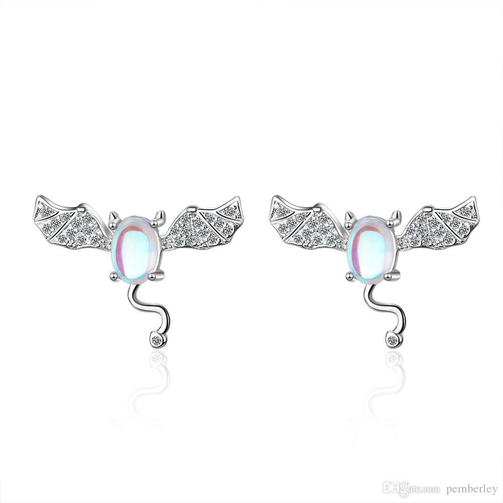 ED612 Künstliche Mondstein Kleine Teufel Ohr Nagel Weibliche Mode Korean Edition Süße Diamant Fledermaus Netzwerk Rot Ohr Dekoration