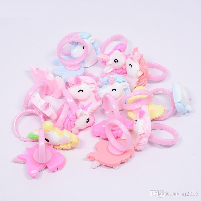 Cartoon Unicorn Horse Kids Anelli di dito Bomboniere per feste Costume Regali per feste di compleanno per ospite Baby Party Supplies WB109