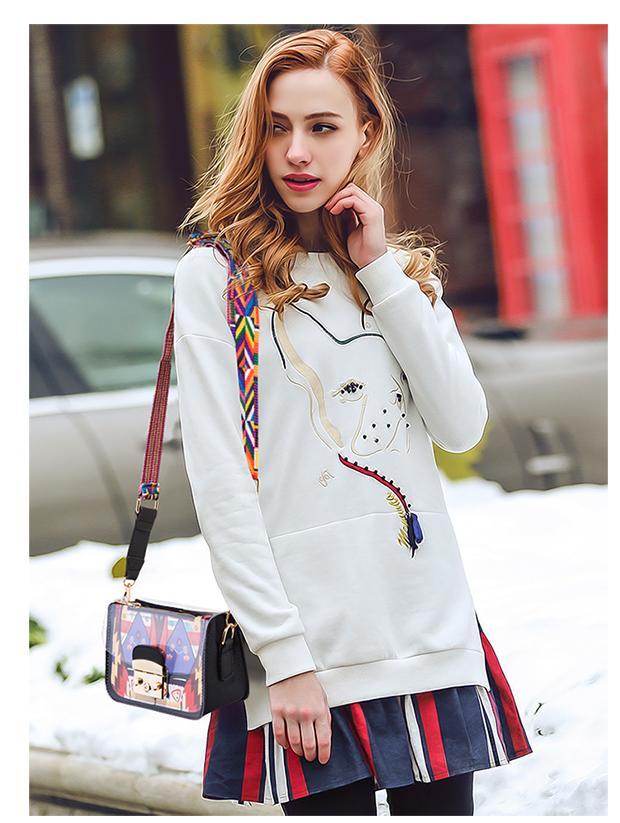 Free shipping 2020 new handbag girl sexy jelly crossbody bag fashion wide shoulder bag