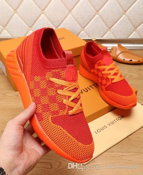 008 Leather popolare caldo casuale uomini scarpe e scarpe da donna Sneakers in pelle Moda Lace Up scarpe colore misto con la scatola
