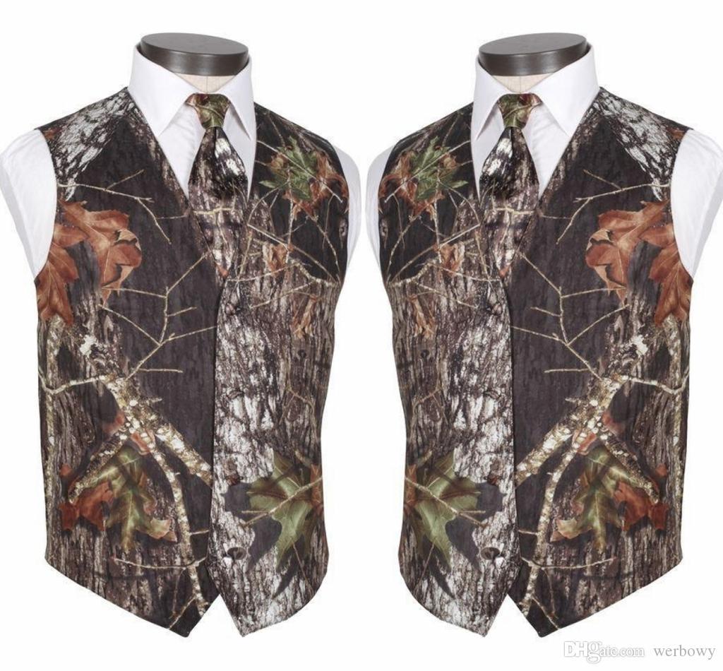 Feito sob encomenda Modest Camo Noivo Coletes Rústico Casamento Vest Tronco De Árvore Deixa Primavera Camuflagem Slim Fit Coletes Masculinos 2 Peça Set (Colete + Gravata)