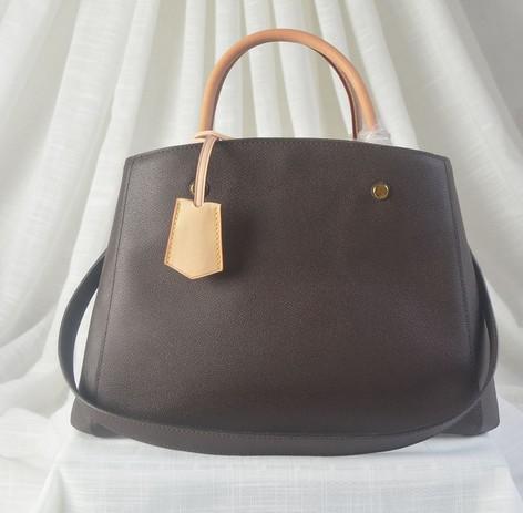 BROWN Montaignes Leder-Damebeutel Schultertaschen klassische Handtasche toten mit Tastensperre frei heißen Verka