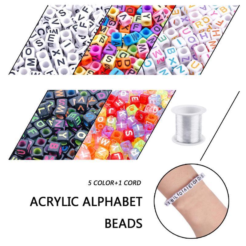 1400pcs 5 Color Inglês Carta acrílico Beads Plano quadrado do alfabeto Cube Beads encantos pulseira colar para fazer jóias Z0420