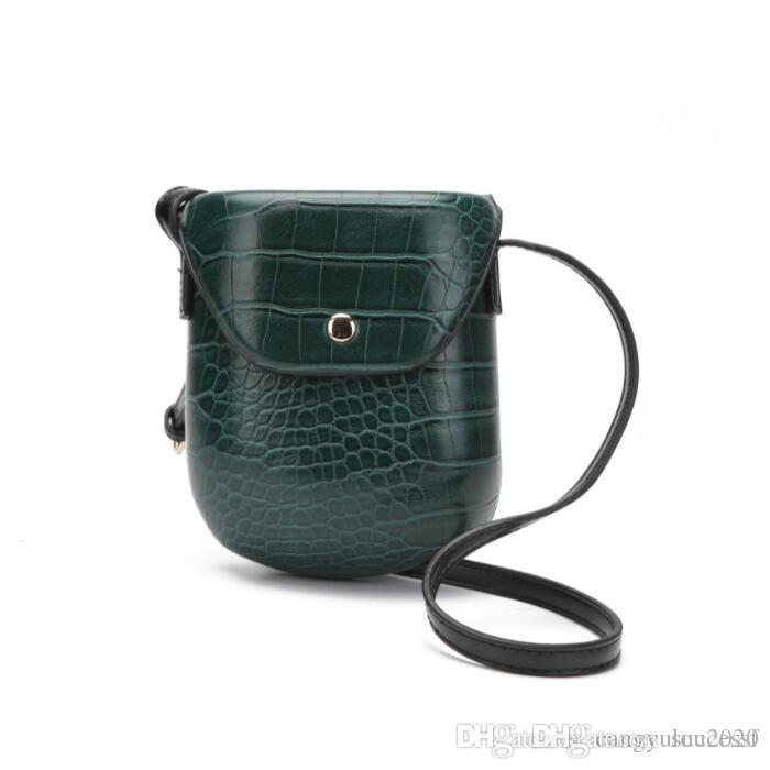 Summer 2019 Top Selling New Fashion PU Woman's Single Shoulder Bag Women Green Mini Hard Satchel Saddle Bag Lady's Wallet Mobile B