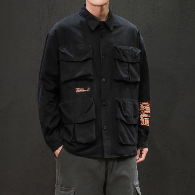 2019 Nuevo otoño / invierno de UYUK japonesa holgado, de manga larga, Solapa, Multi-bolsillo, color sólido camiseta impresa Hombre Homme algodón