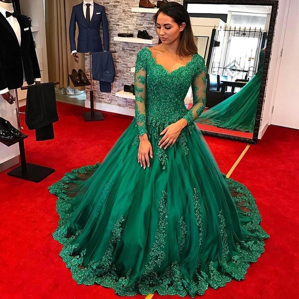 Escuras Prom verdes com manga comprida 2019 Princess V Neck Lace apliques Tulle vestidos de noite formal com Capela Trem longo vestido de baile