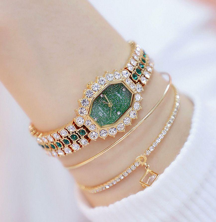 Uhren der Frauen 2020 Top-Marke Kleines Kleid Diamant-Uhr-Frauen-Armband Strass Armbanduhr Frauen Montre Femme 2019