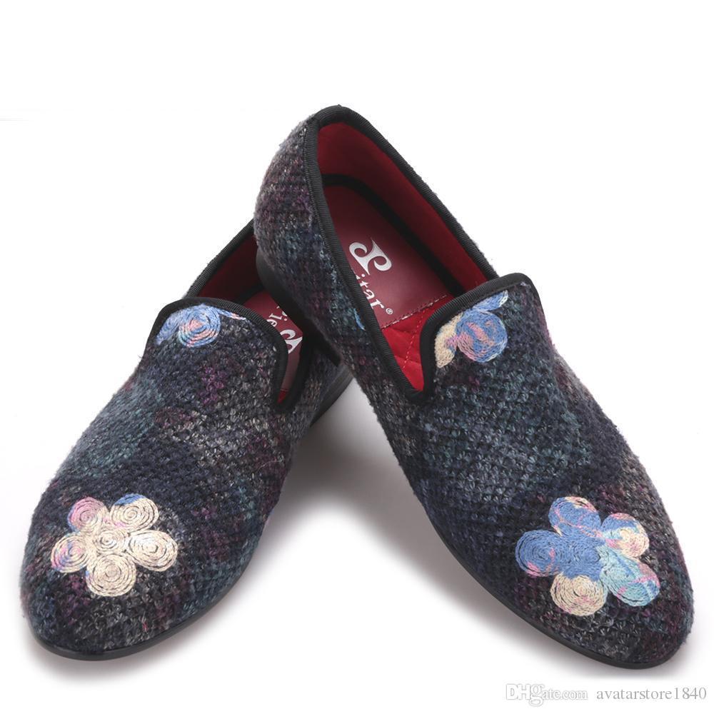 Nuove colorazioni tessuto a maglia uomini misti scarpe si vestono con la stampa di cerimonia nuziale del fiore e del partito Toes maschile rotondo scarpe da guida