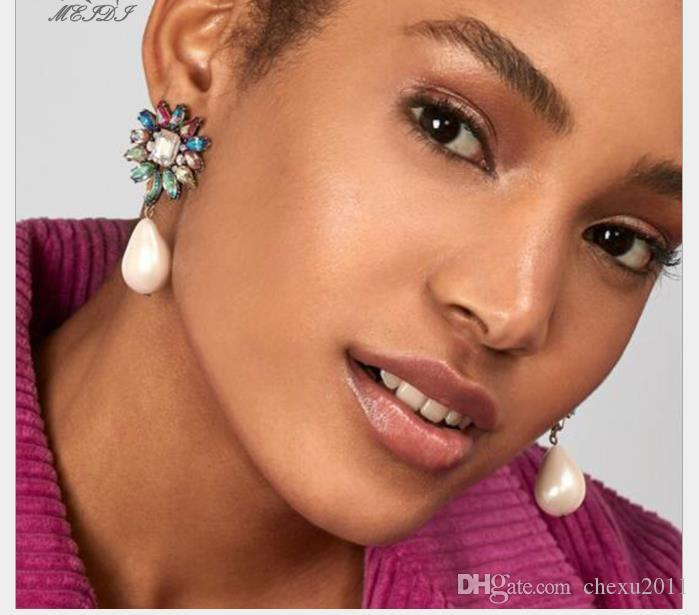 New Fashion Earrings temperament water droplet pearls embellishment color diamond girl