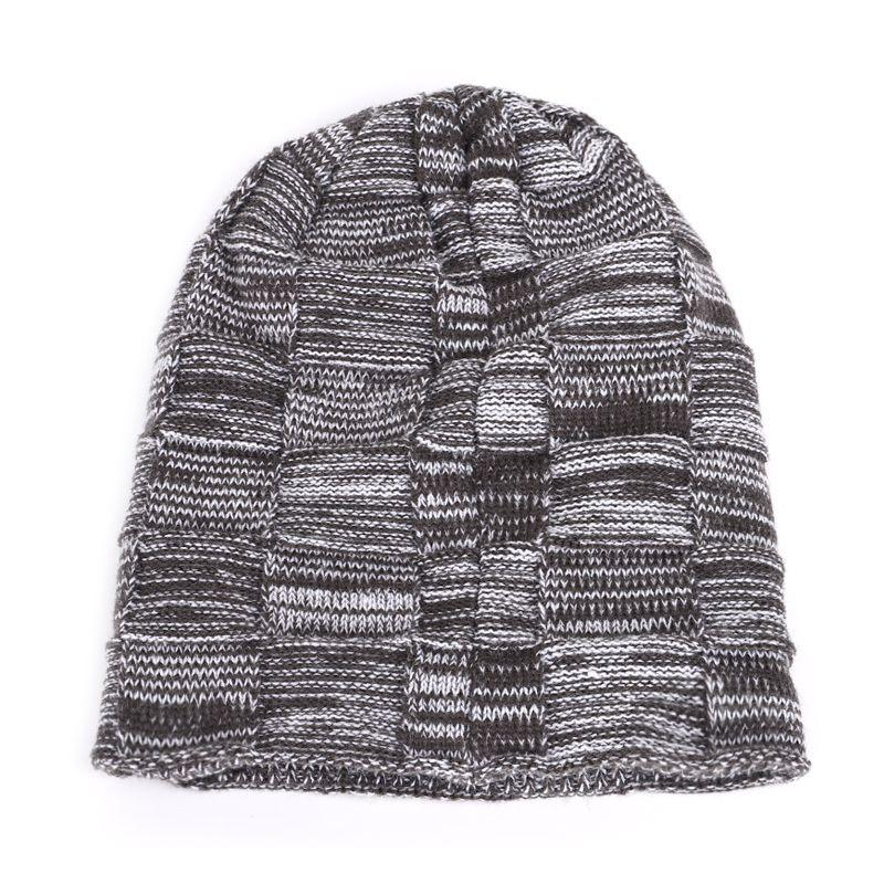 Skullies New men's knit plus velvet thick winter hats warm and comfortable adjustable unisex exquisite leather brand caps beanie
