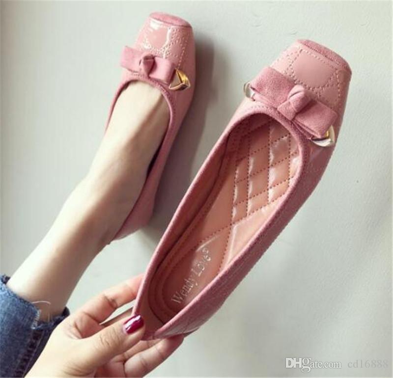 De nouvelles chaussures en cuir tête carrée automne printemps PU femmes mode chaussures chaussures plates antidérapantes souples femmes confortables appartements de grande taille