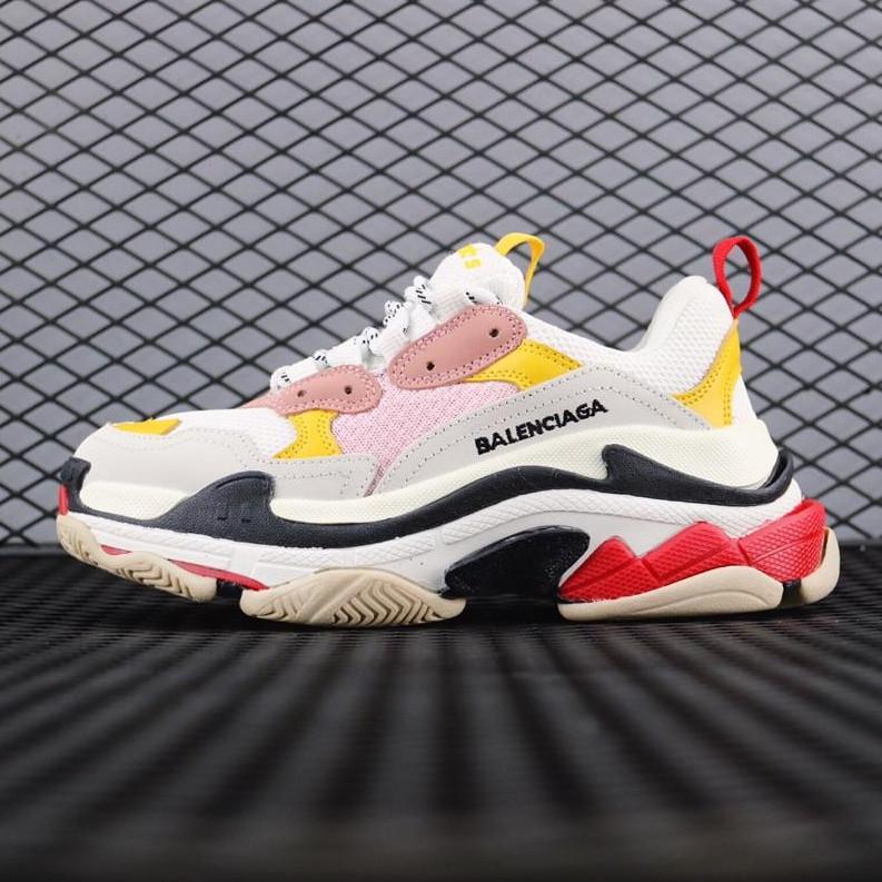 Aumentou sapatos de mulheres Balnciaga Designer Triple S Retro Dad Sneakers Shoes Outdoor Viagem Estilo Men Casual 36-45A1