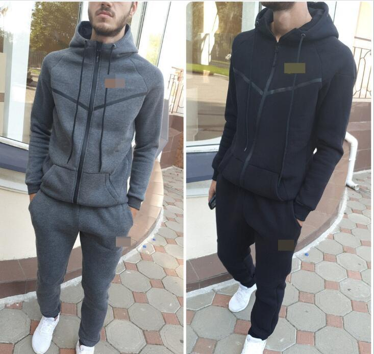 Homens Sportswear capuz e capuz Outono Inverno Jogger esportivos Mens fato de treino ternos Marca Fatos Set frete grátis