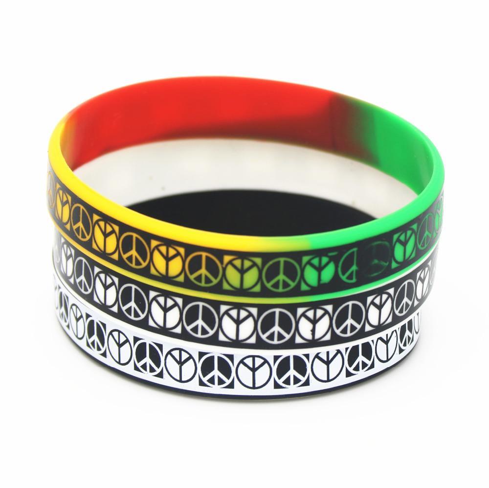 Yetişkin hediyeler SH129 için 1PC Moda Takı Punk Rock Silikon Bileklik Siyah Beyaz Renk Spor BraceletsBangles Kauçuk Charm