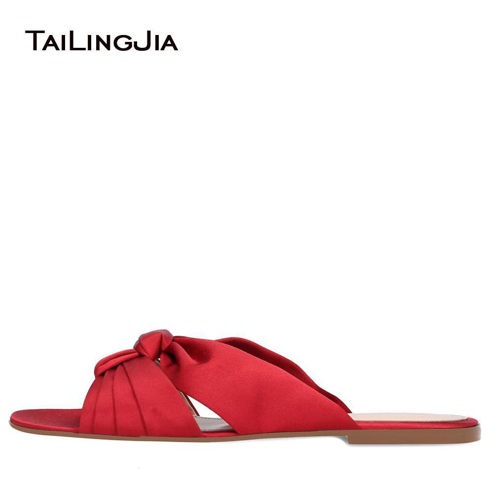 Красная атласная Knotted пляжная обувь Женщины Open Toe плоские сандалии отдыха Обувь Женская Летняя Слайды Повседневная обувь Большой размер 2019 бесплатная доставка