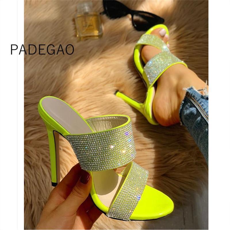 Nueva llegada de la manera de las mujeres zapatillas de cristal 2020 tacones altos de las mujeres Zapatos verdes tamaño de los zapatos Plus