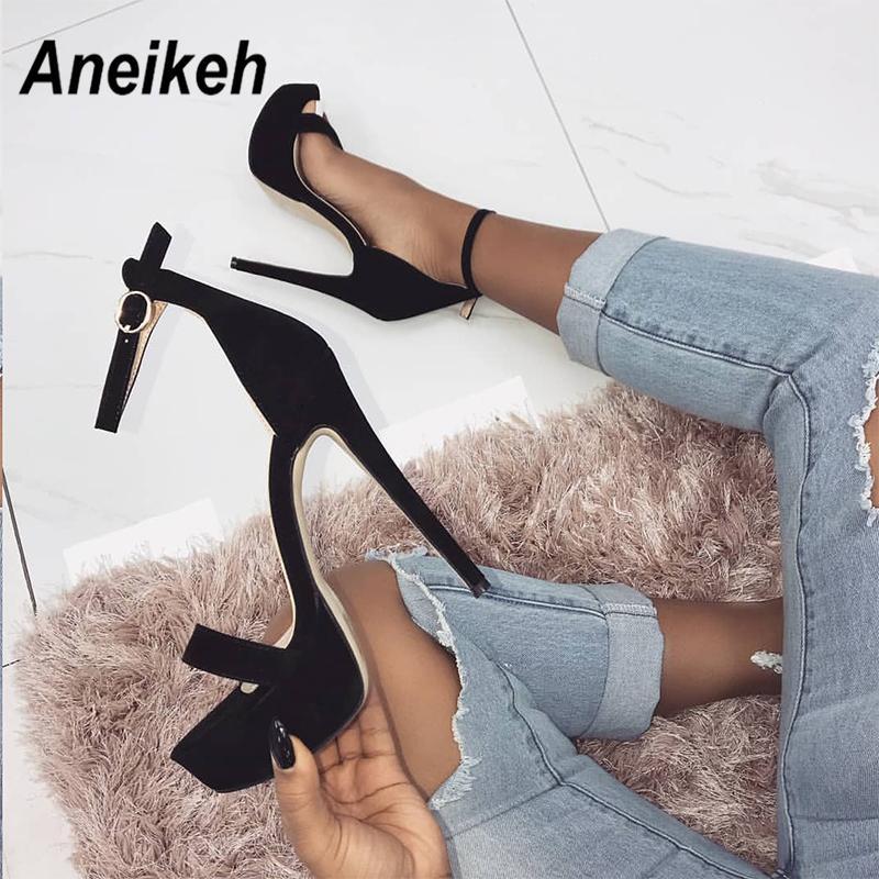 Aneikeh 2020 NEUE Absatz-Sandalen Sommer-reizvolle Knöchelriemen öffnen Zehe-Partei-Kleid-14CM Plattform Gladiator-Frauen-Schuhe Größe 41 42 S20326