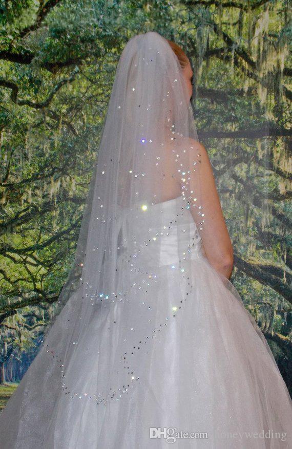 Princess 2 Tier игристые вуаль венчания Crystals Fingertip Длина бисером вуаль Короткие свадебные Фата 2Т фаты