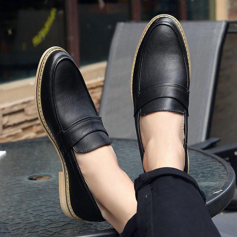 İtalyan Tasarımcı Erkek Resmi Elbise Ayakkabı Siyah Beyaz Deri Düğün Ayakkabı Erkekler Loafer'lar Chaussure Homme Casual Flats Oxford LE-16