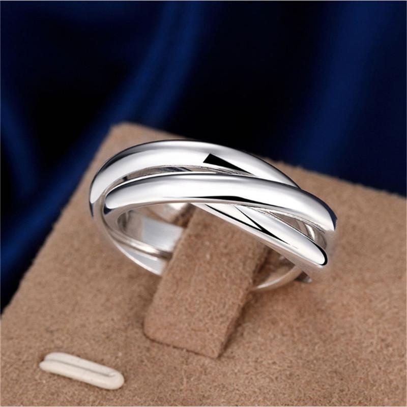 Les femmes et les hommes Bague de fiançailles creux Creative brillant Triangle Mode Bague Luxe Bijoux trois anneaux de qualité supérieure cadeau pour les femmes
