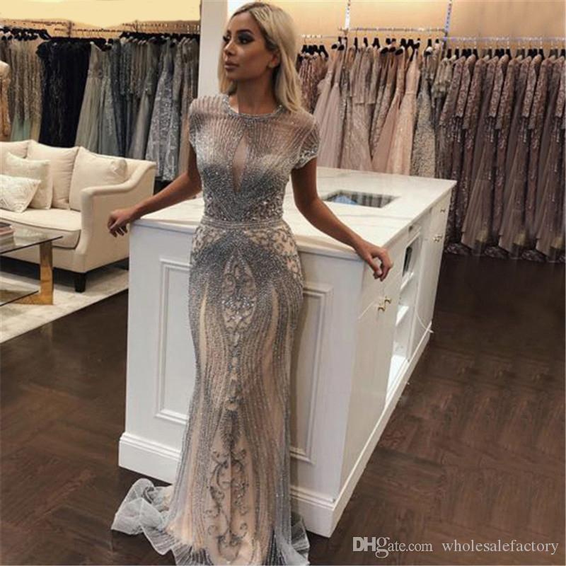 Cristalli Jewel paillettes Bling Bling lungo della sirena dei vestiti da sera 2020 maniche corte di Tulle spettacolo vestiti convenzionali abiti robe de soiree BM1622