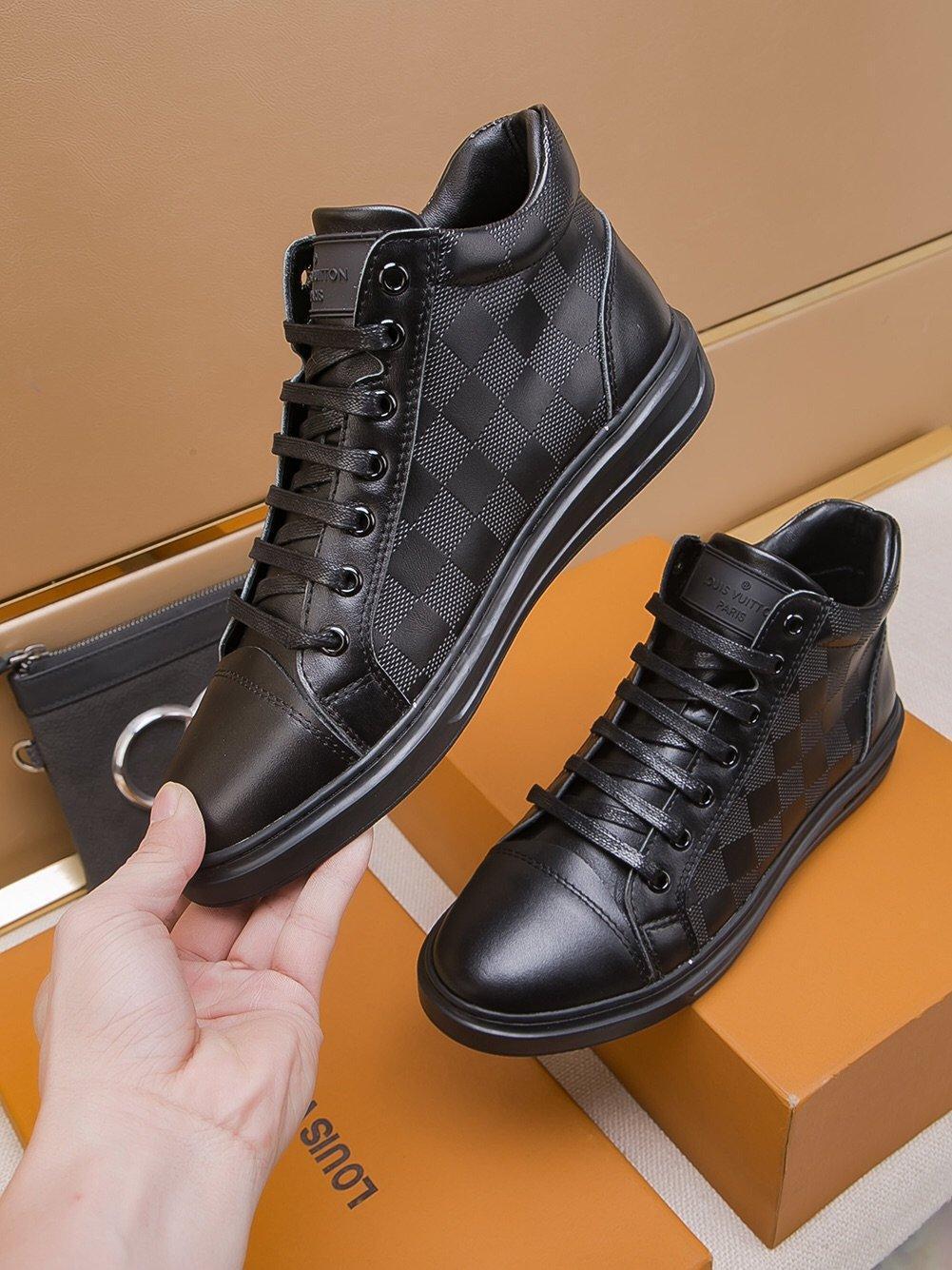 calza los zapatos ocasionales de los hombres, zapatillas de deporte de alto arriba de cordones planos de lujo 2019 A3 de alta calidad de la moda caja de embalaje original Zapatos Hombre