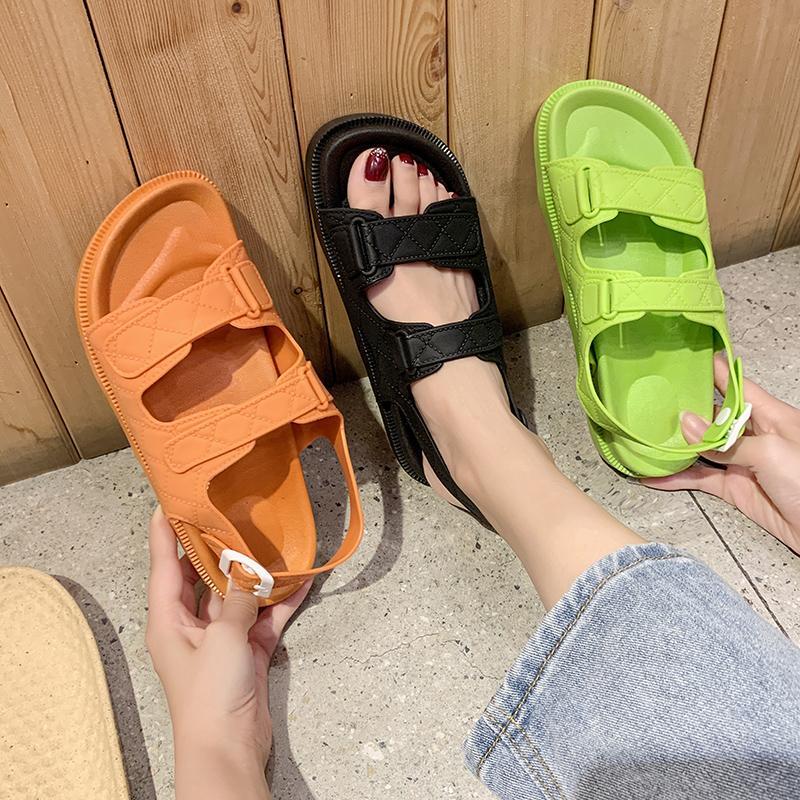 Zapatos de la comodidad para las mujeres Mujer de lujo de la sandalia sandalias con tacón para mujer Med Cuñas Todo-Fósforo claras Talones 2020 de verano