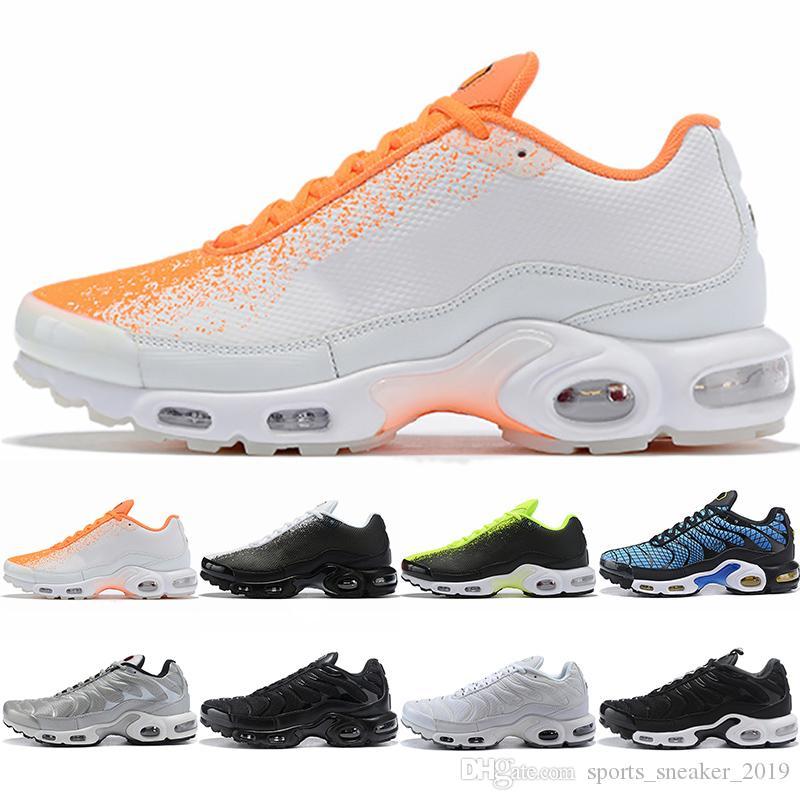 Nike Air Vapormax Plus SE Max Erkekler Koşu Ayakkabı Volt Açgözlü Oreo Üçlü Siyah Beyaz Gümüş Bullet Erkek Tasarımcı Trainer Spor Sneakers Boyutu 40-45