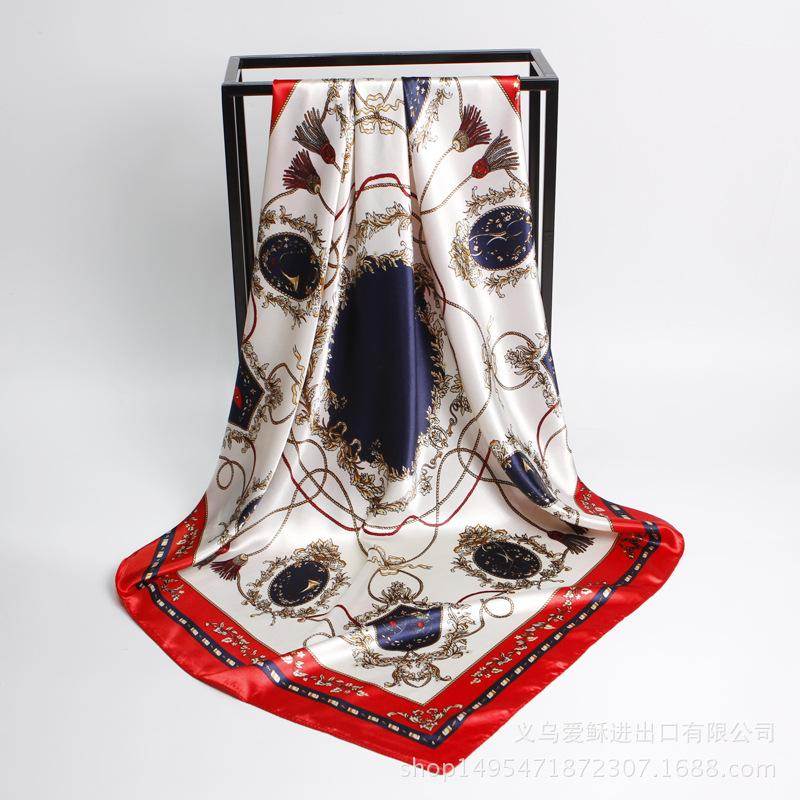 Usine en gros mode nouveau style carré dame écharpe YIWU écharpe à bon prix femmes Pashmina en plein air