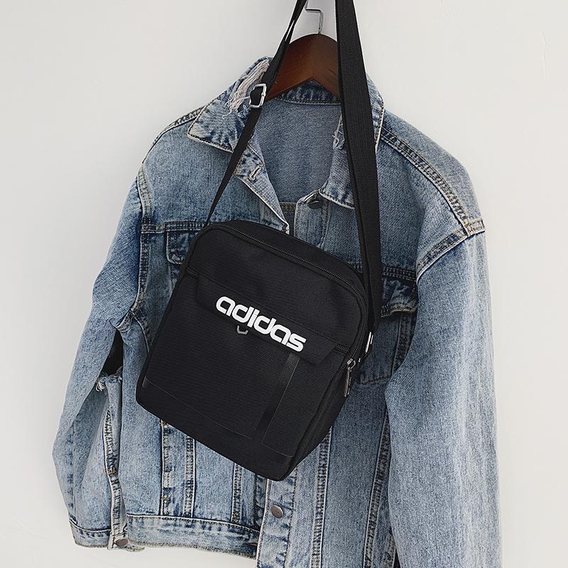 Body Tide Unisex croce NUOVO SEMPLICE Womens Canvas Spalla di lusso Mens Brand Brand Bag Sacchetto di moda Adolescente Stile all'aperto Black B104903Z Krdi