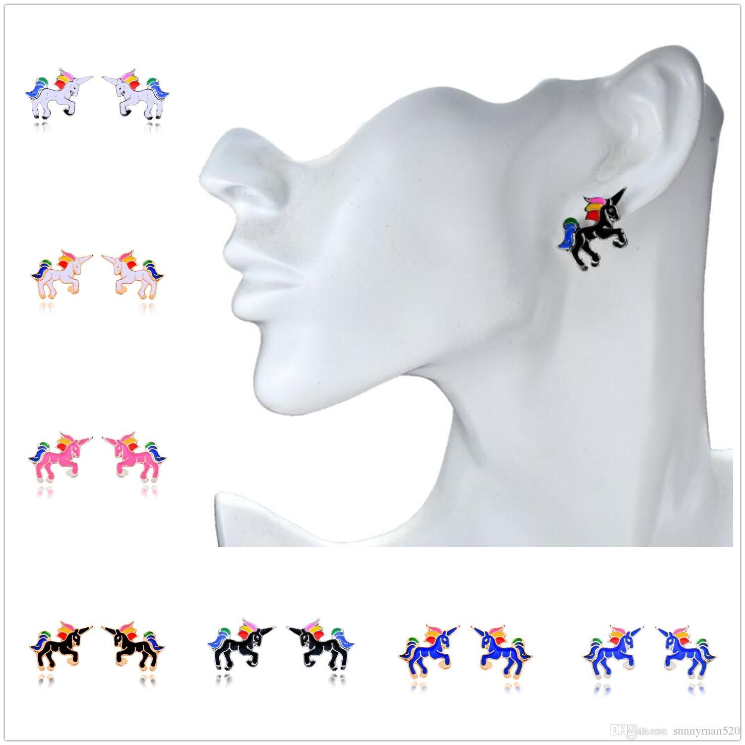 موضة جديدة الإبداعية المرأة يونيكورن سبائك أقراط ملون مربط الأذن مجوهرات شحن جميل الديكور هدية مجانية
