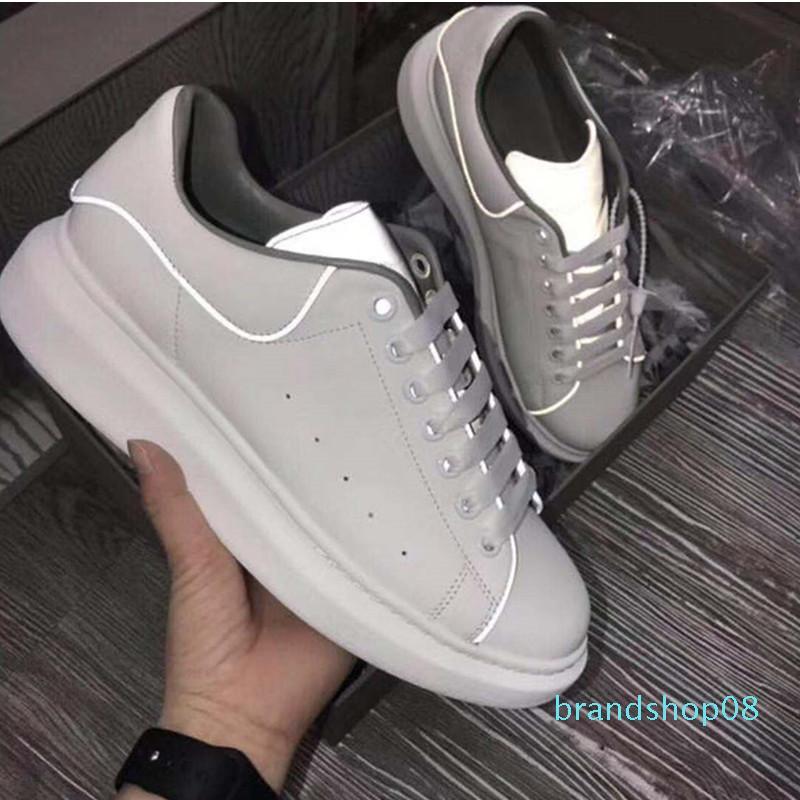2019 fluorescente reflexiva branca calçados casuais Plataforma Sneakers Homens Mulheres de couro caixa Comfort Lazer Ladies Nightclub Com
