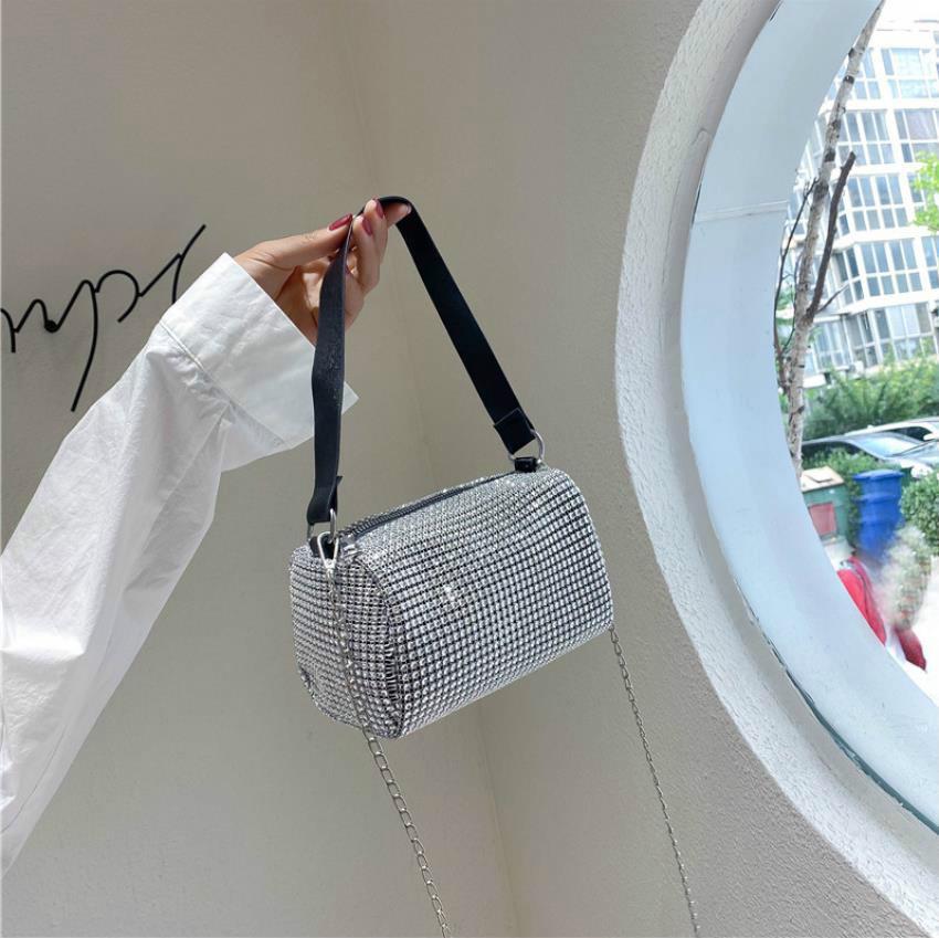 Tasarımcı Çanta Kadınlar Yeni Elmas Çanta Kore Sürüm Tasarımcı çanta Omuz Çantası Moda Zincir Çanta