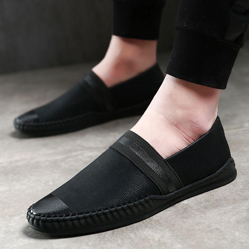 New Arrival Men sapatos de couro genuíno Pointed Toe Moda Handmade mocassins de couro macio deslizamento preto na sapata Barco de Homens