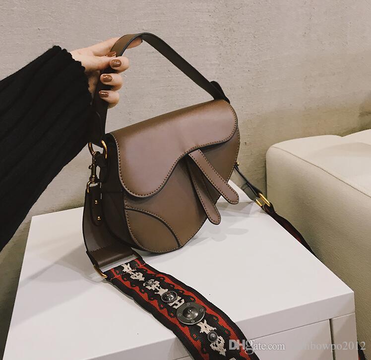 wholesale women handbag street trend leather women shoulder bag personality flip leather fashion bag wide shoulder strap Joker women bag