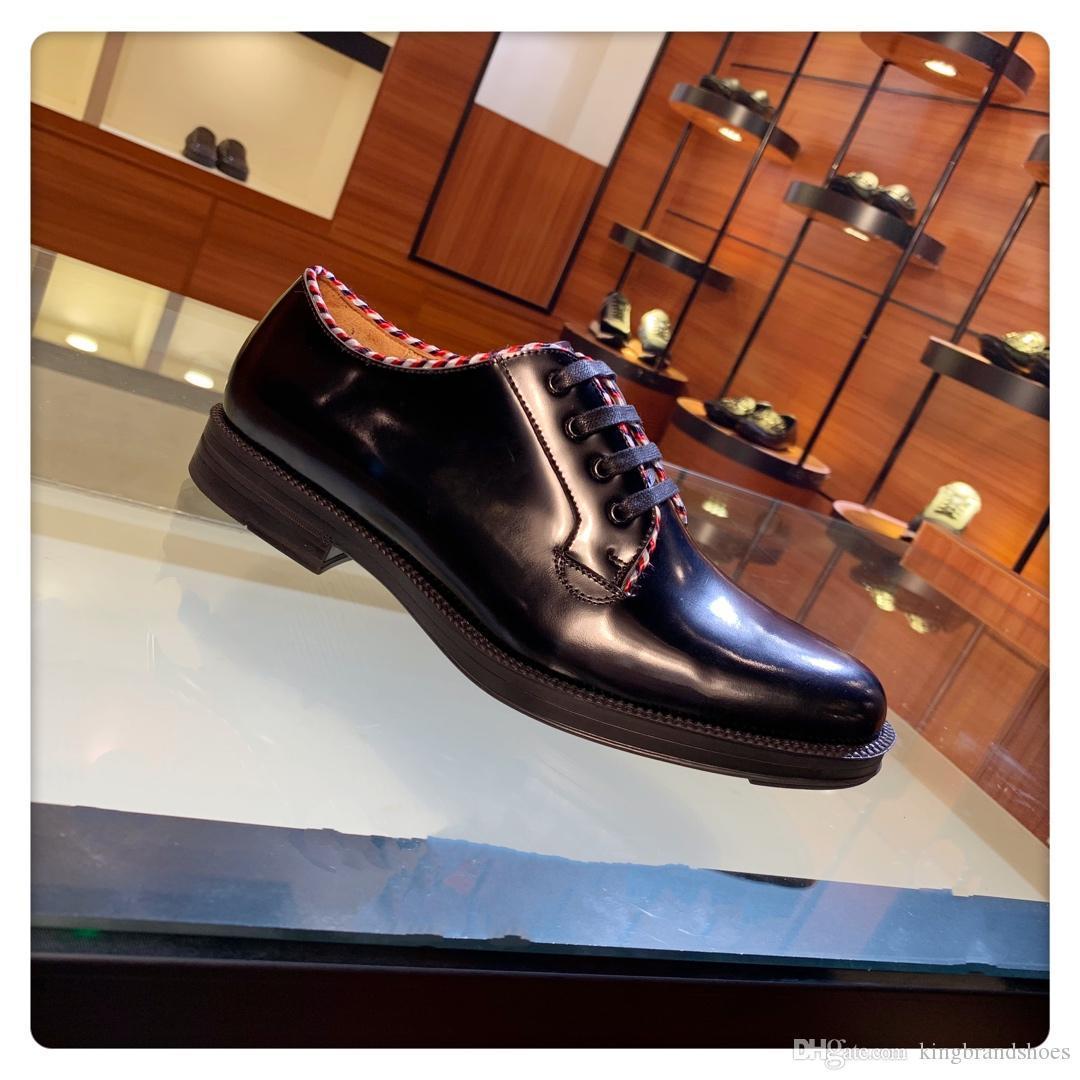 2019 nouvelles chaussures de loisirs de style chaussures classiques hommes de collection casual dentelle confortable des chaussures en cuir noir affaires mocassins