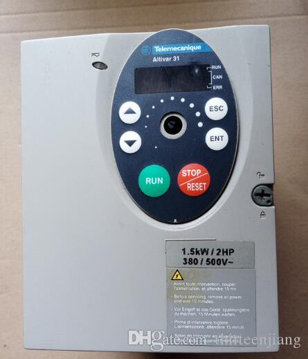 1PCS SCHNEIDER INVERTER ATV31HU15N4A 무료 배송 배송 됨 지불 전에 문의하십시오