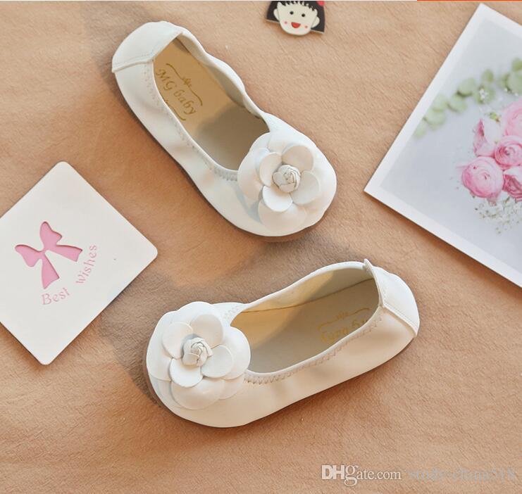2018 nueva versión coreana de Bowknot Princess Soltery Shoes, zapatos de rollo de huevo para niños, niñas con zapatos de lona en un pie