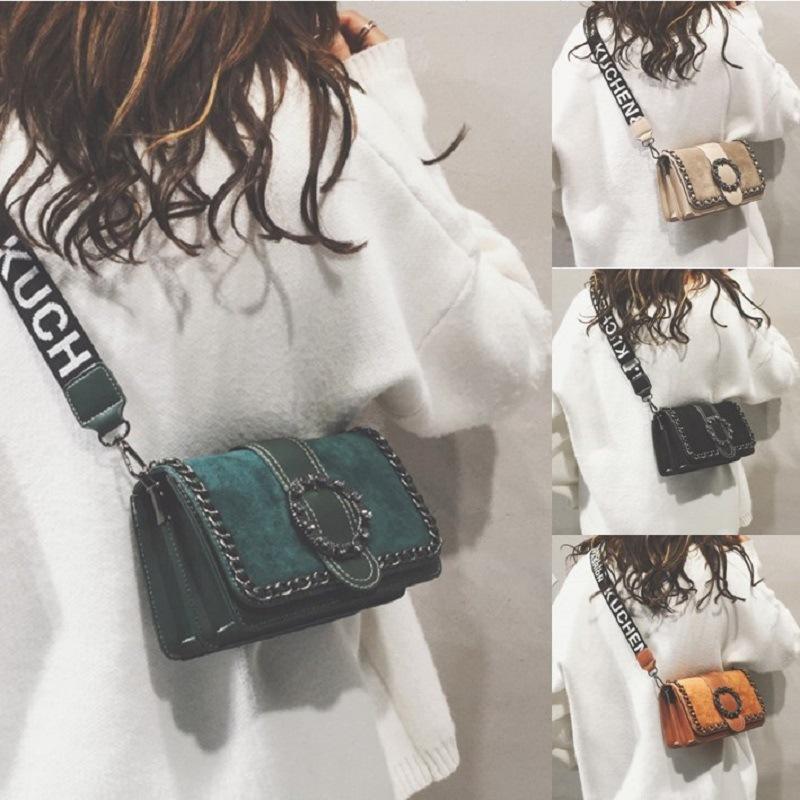 Sac à large bande de luxe Femme 2020 Oblique Satchel style occidental Joker Chic Petit Ck Téléphone mobile Paquet simple épaule Sacs à main Paquet