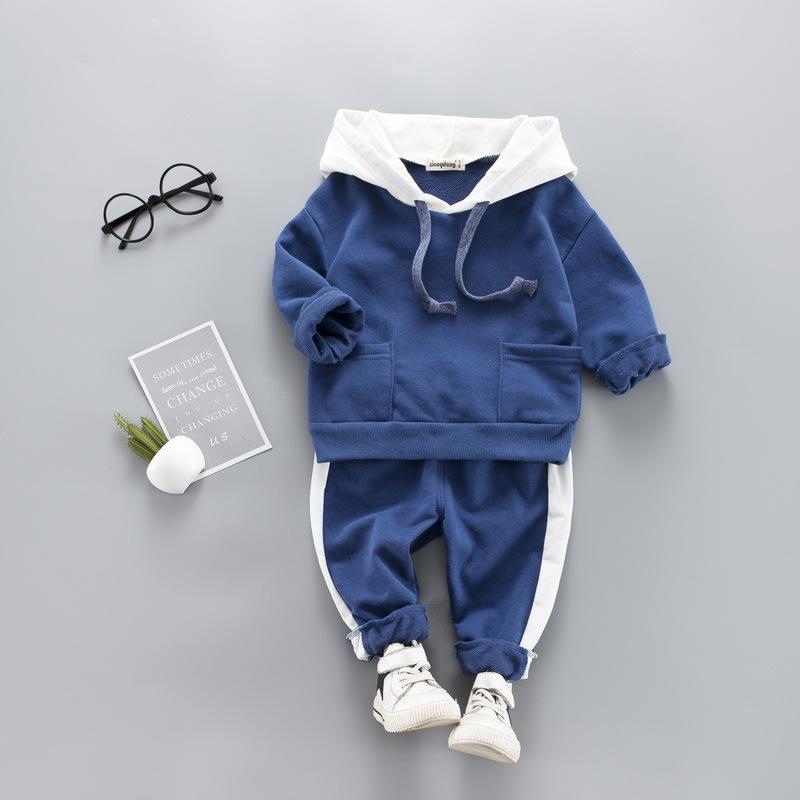 الطفل ملابس الأولاد مجموعات طفل ملابس الأطفال الدعاوى الدب القطبي معاطف تي شيرت + سروال أطفال الرضع الربيع الخريف رياضية