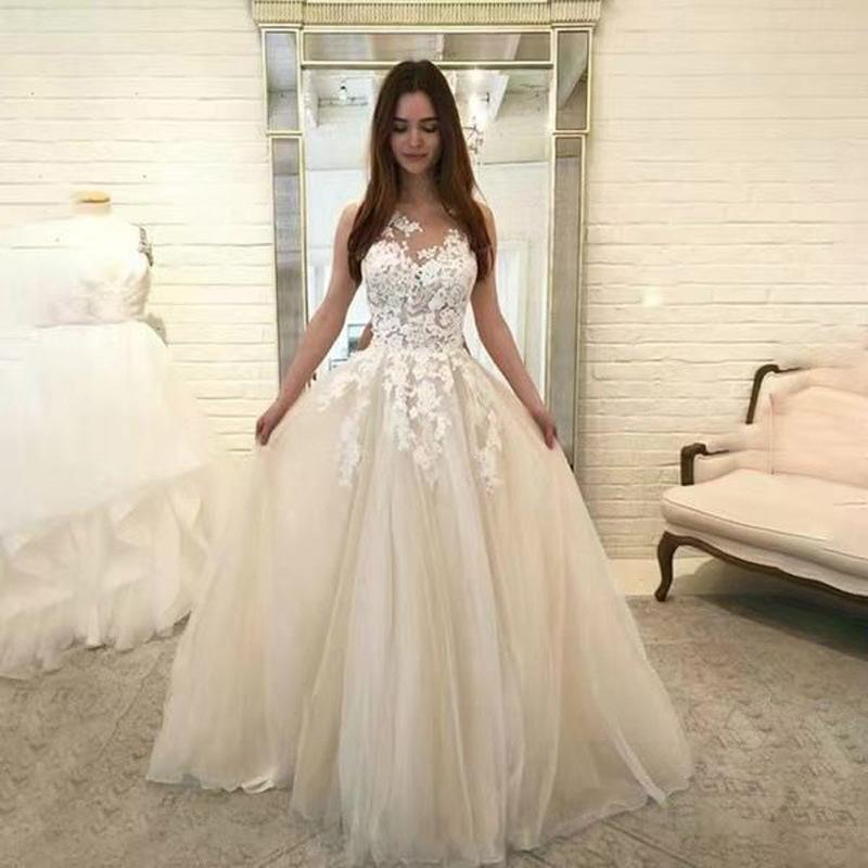 2020 Beautiful Baby Blue Prom Dresses with Lace Appliques Floor Length Elegant Formal Party Long Evening Gowns Special Occasion Dresses
