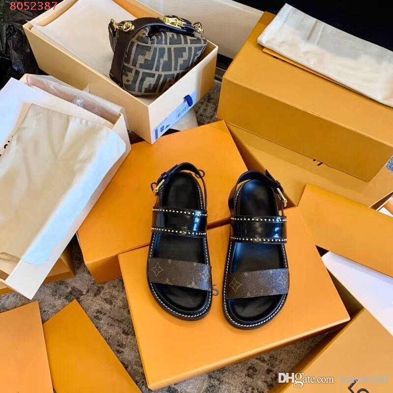 Yeni hakiki deri bayan ayakkabı Yüksek uç atmosfer Siyah bayanlar için kahverengi düz moda rahat kaliteli sandaletler